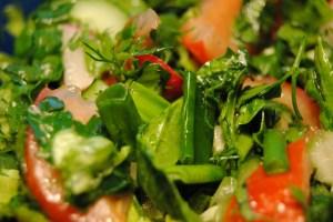 Salata de primavara aproape verde